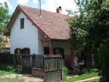 Apartament județul Jász-Nagykun-Szolnok, Casa Simon