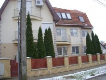 Apartman Debrecen, Margit Apartman (Szurmai)