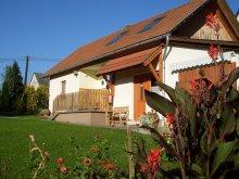 Accommodation Csesztreg, Szala Guesthouse