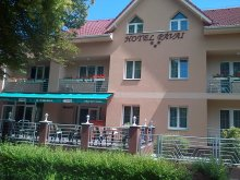 Hotel Hajdú-Bihar megye, Hotel Pávai