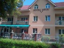 Hotel Szarvas, Hotel Pávai