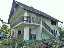 Casă de vacanță Balatonfenyves, Casa de vacanta pentru 8-10 persoane