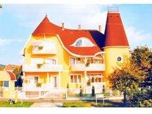 Cazare Vonyarcvashegy, Apartamente Hotel Terézia