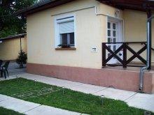 Apartament Giula (Gyula), Apartament Szivárvány