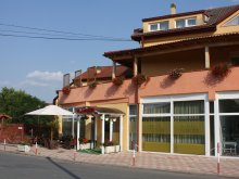 Hotel Zervești, Hotel Vila Veneto