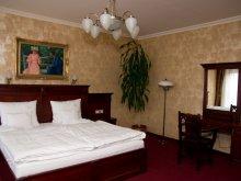 Hotel Nyíregyháza, Hotel Óbester