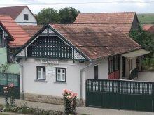 Casă de oaspeți Vălanii de Beiuș, Pensiunea Akác