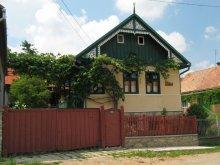 Vendégház Țețchea, Hármas-Kőszikla Vendégház