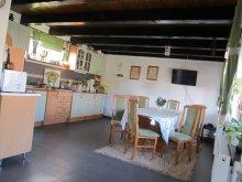 Accommodation Ciumani, Simon Guesthouse