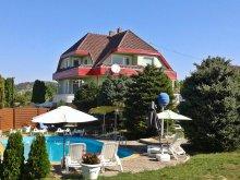 Cazare Keszthely, Apartmentele Comfortabile Rozália