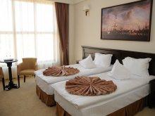 Hotel Cetățuia (Cioroiași), Hotel Rexton