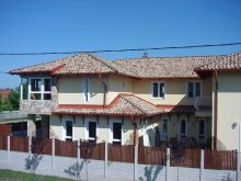 Accommodation Szigetszentmiklós – Lakiheg, Camino Guesthouse