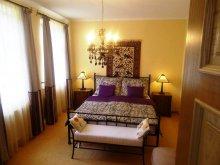 Accommodation Nyúl, Buda Guesthouse