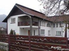 Cazare Berevoești, Pensiunea Rustic Argeșean