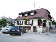 Pachet județul Győr-Moson-Sopron, Pensiunea Família