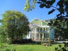 Panzió Mogyorókerék (Alunișu), Victória Panzió