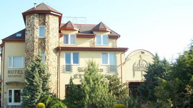 Korona Hotel Püspökladány