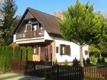 Casă de vacanță Magyarhertelend, Casa de vacanță Napsugár