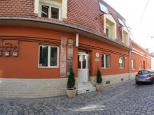 Hosztel Berkes (Borzești), Retro Hostel