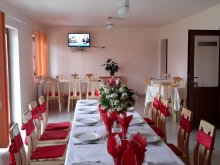 Accommodation Boncești, Denisa & Madalina Guesthouse