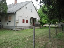 Cazare Balatonkeresztúr, Casa de vacanță Kerékpárbarát