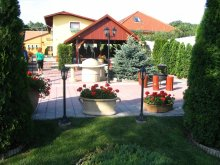 Pensiune Kecskemét, Casa de oaspeți Halász