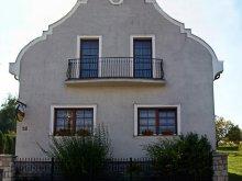 Accommodation Látrány, Naturál Guesthouse