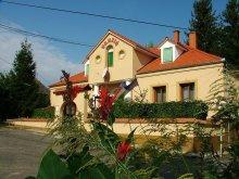 Pensiune Pécs, Pensiunea Várong