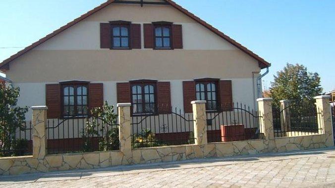 Casa Elyzabeth Kálmánháza