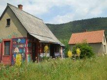 Vendégház Magyarhertelend, Könyves Turistaház