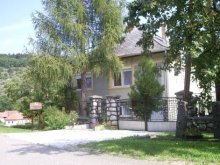 Casă de oaspeți Sajógalgóc, Casa de oaspeți Szakál