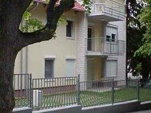 Cazare Alsóörs, Apartament Sa-La