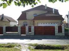 Accommodation Bolhás, Ambrózia Guesthouse