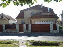 Pensiune Balatonberény, Casa de oaspeți Ambrózia