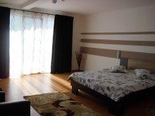 Accommodation Cetățuia (Vela), Casa Verde Guesthouse