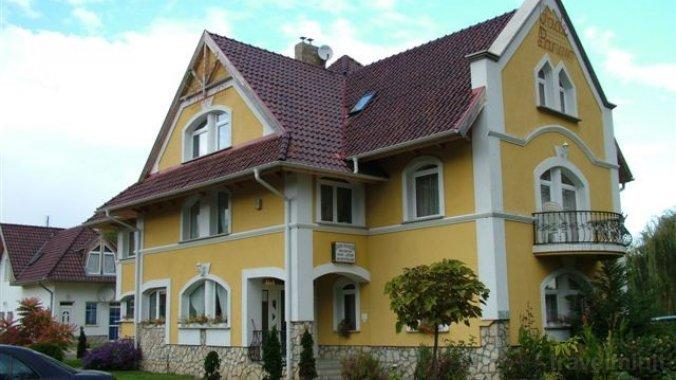 Jade Guesthouse Balatonföldvár