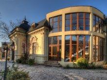 Hotel Hârsești, Hotel Restaurant Casa cu Tei