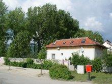 Casă de oaspeți județul Komárom-Esztergom, Casa de oaspeți Levendula