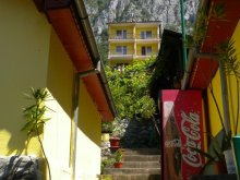 Casă de vacanță Cornu, Satul de vacanță Floriana