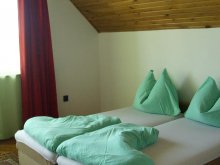 Accommodation Balatonlelle, Napsugár Apartmenthouse