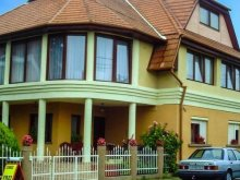Casă de oaspeți Balatonberény, Casa de oaspeți Suzy