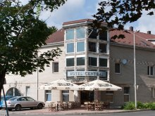 Hotel județul Szabolcs-Szatmár-Bereg, Centrál Hotel és Étterem