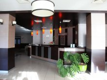 Accommodation Cetățuia (Cioroiași), Hotel Parc