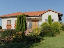 Vilă Balatonboglár, Villa Corvina