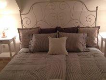 Accommodation Szentkozmadombja, Premium Vintage Apartment