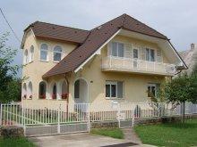 Cazare Lacul Balaton, K&H SZÉP Kártya, Apartamente Rózsa