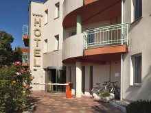 Hotel Fadd, Hotel Makár Sport & Wellness