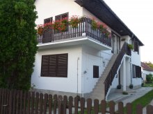 Accommodation Bolhás, Erika Apartment