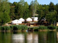 Camping Balatonalmádi, OrfűFitt Jurtcamp