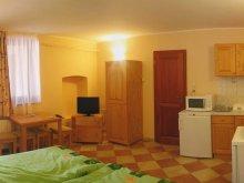 Szállás Gyula, Varázskő Apartmanház